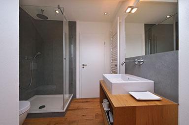 Badezimmer Mobel Und Waschtisch In Lahr